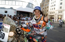 dakar2014-finish-laia_600x390